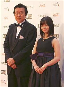 久松猛朗ディレクター、橋本環奈アンバサダー2_R.jpg